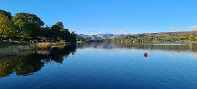 Want to wake up to a view like this? Our new Premium Pitches guarantee you a lakeside location for your visit!